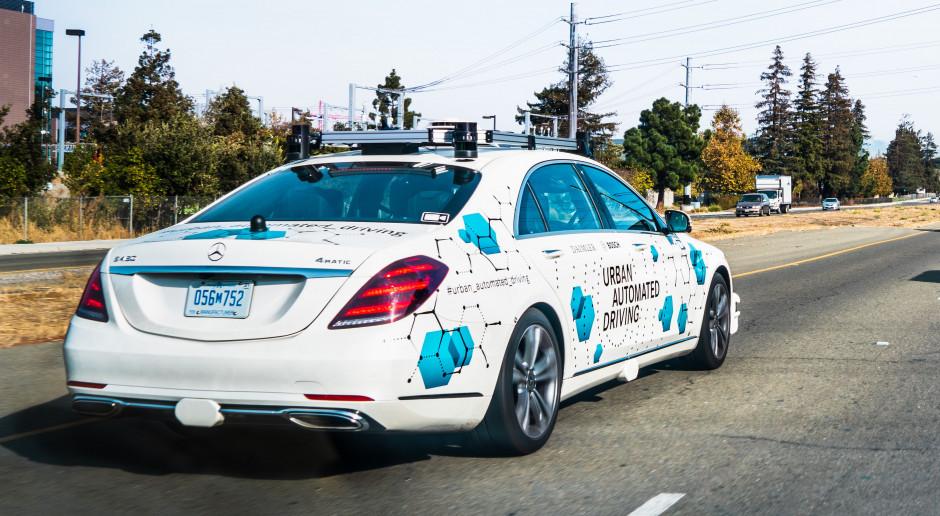 Daimler wypuścił autonomiczne taksówki na ulice w USA. Dla testów