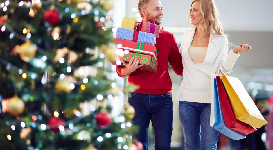 Włochy: Święta być może bez zakazu podróży, ale najlepiej w gronie 5-6 osób