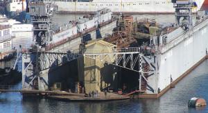 W Sewastopolu zatonął dok pływający z okrętem podwodnym