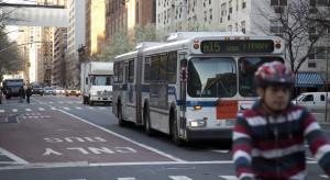 Autobusy w Nowym Jorku donoszą, kto bezprawnie jedzie buspasem