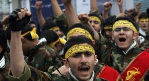 Na ulicach Teheranu kilkadziesiąt tysięcy osób protestuje przeciw USA
