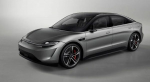 Japończycy pokazali Vision-S u siebie i wytłumaczyli, dlaczego budują to auto