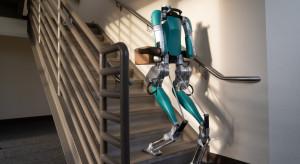 Robot zastąpi kuriera. Ale dopiero jak dostanie autonomiczne auto