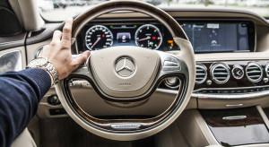 Daimler wzywa do serwisów 774 tys. pojazdów