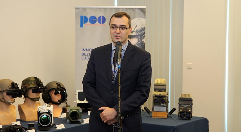 Paweł Glica: zamówienia wojskowe poza Polską to istotne ryzyko