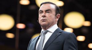 Były prezes Nissana, uciekając z Japonii, niemal natknął się na premiera Abego