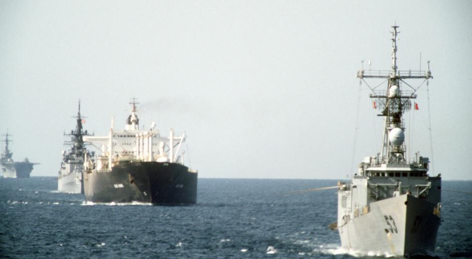 Rejsy w Zatoce Perskiej mocno zdrożały. Polacy za to zapłacą