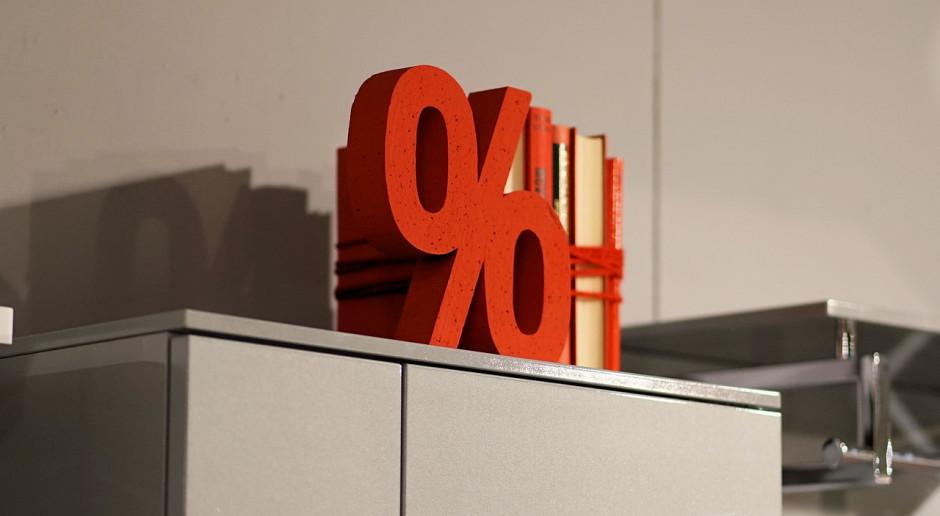 Badanie: obniżki w noworocznej e-wyprzedaży to średnio 9-12 proc., a nie reklamowane do 70 proc.