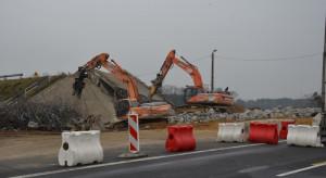 W 63 godziny wyburzono sześć wiaduktów nad A1