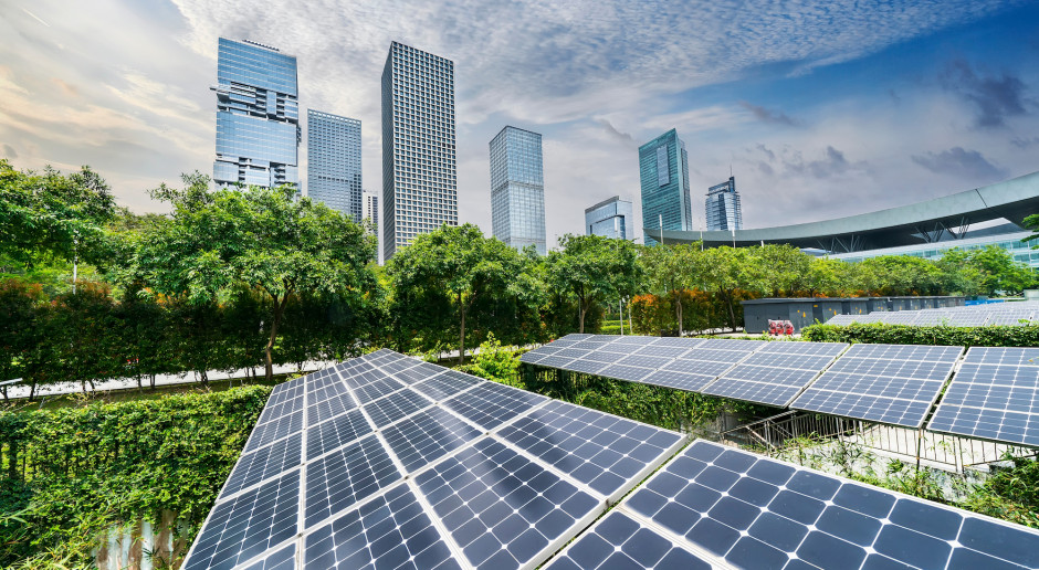 Z powodu pandemii spada zużycie energii, rośnie udział OZE
