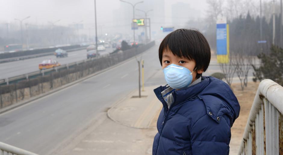 Koronawirus rozpędził smog nad Chinami