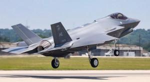 Samoloty F-35 kupione. To skokowy wzrost zdolności armii, ale i obawy