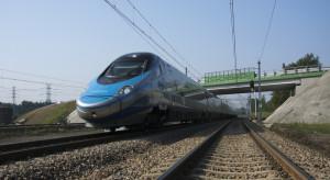 W czerwcu polska kolej miała o połowę mniej pasażerów niż przed rokiem
