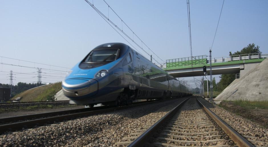 Punktualność pociągów pasażerskich i towarowych wzrosła