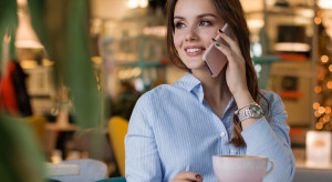 Po brexicie mogą wrócić opłaty za roaming do UE