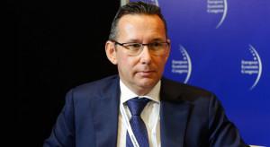 """Polska nie ma pomysłu na transformację, """"wyciąga tylko rękę po zapomogi"""""""