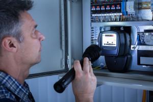 Polacy wydają na prąd prawie najmniej w Europie