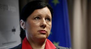 Komisarz grozi Polsce. Wiceminister: ostrzegaliśmy
