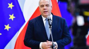 Jacek Sasin o pandemii: sprzedaż paliw na stacjach niższa o połowę; LOT w trudnej sytuacji