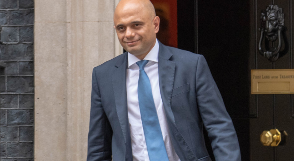 Trzęsienie ziemi w brytyjskim rządzie - niespodziewana rezygnacja ministra finansów