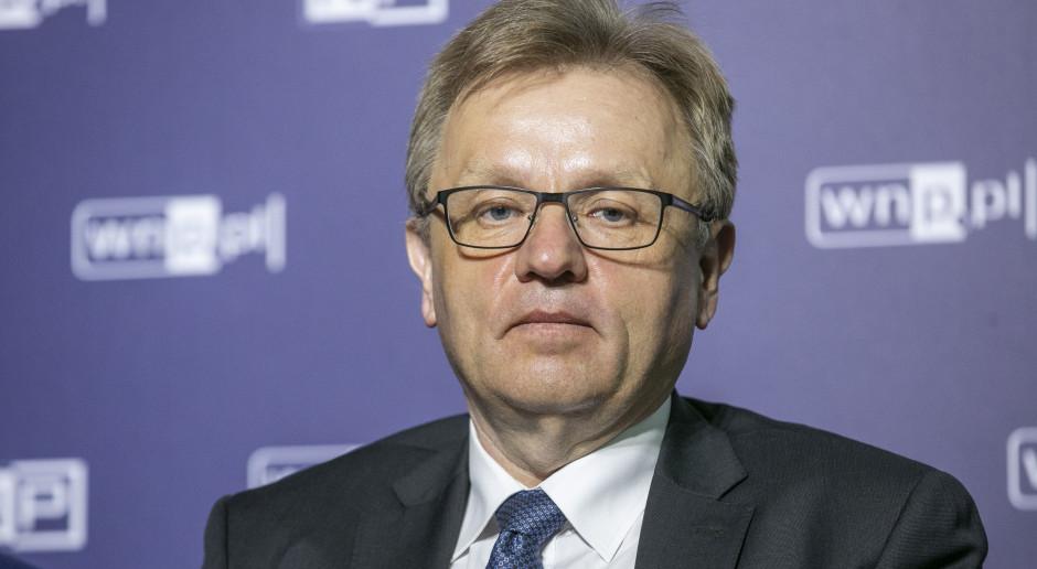 Polskie firmy nie radzą sobie z danymi. To pożera ponad połowę etatu pracownika