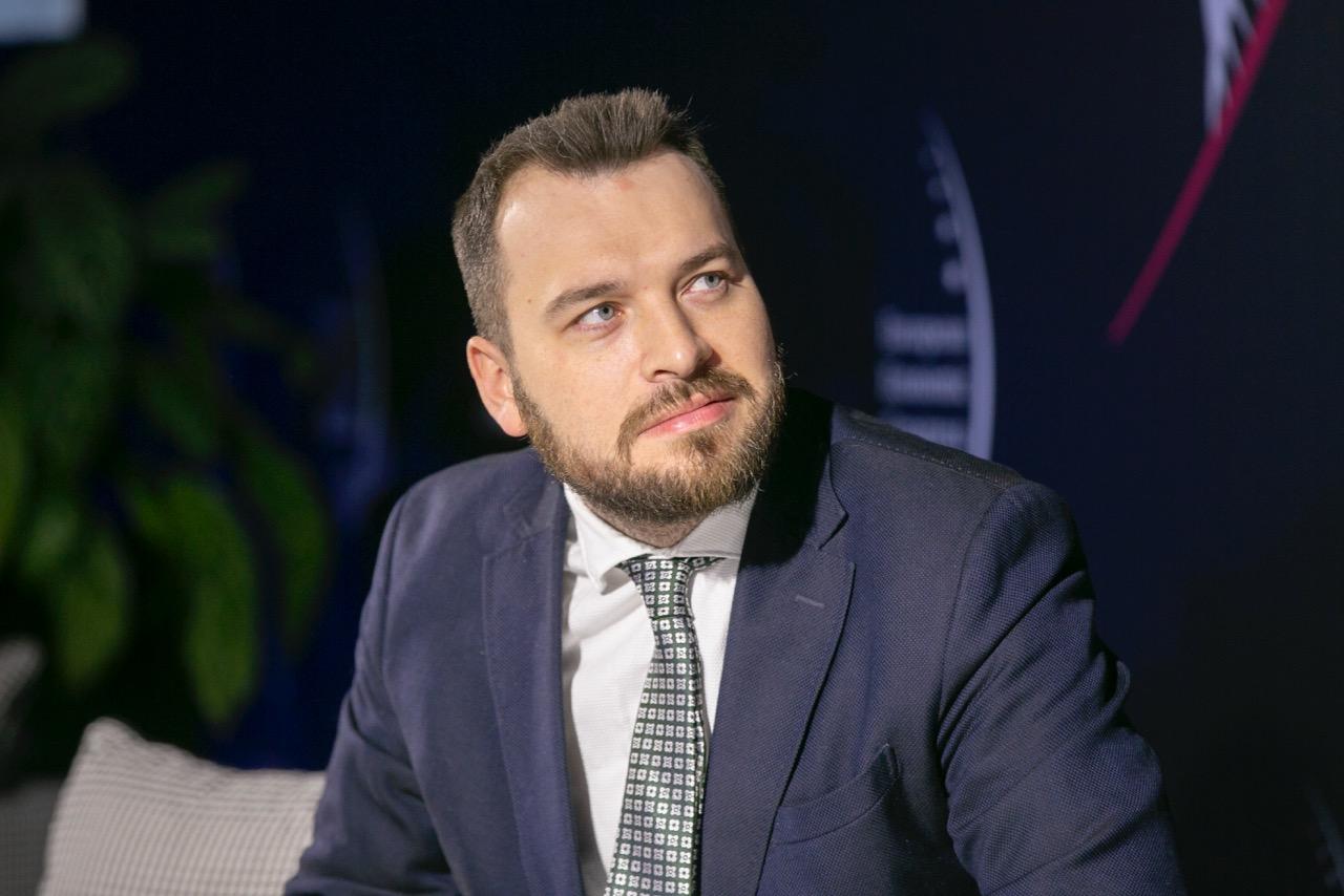 Piotr Arak uważa, że poprawa kondycji polskiej gospodarki zależy m.in. od uruchomienia inwestycji przedsiębiorstw prywatnych (Fot. PTWP)