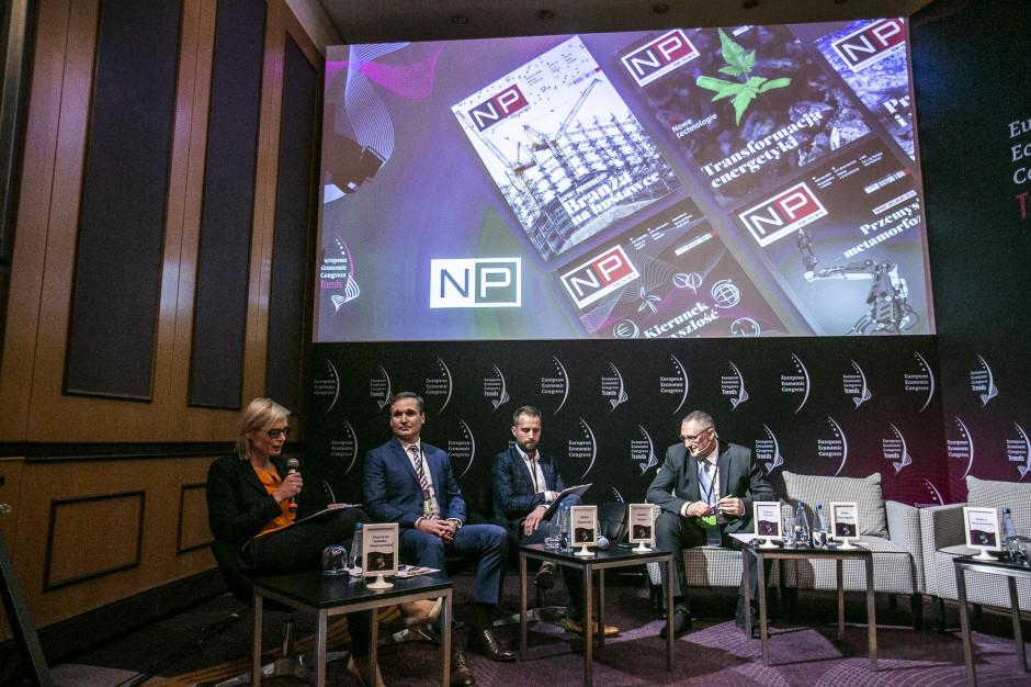 Debatę prowadził Piotr Myszor, dziennikarz WNP.PL. Fot. PTWP