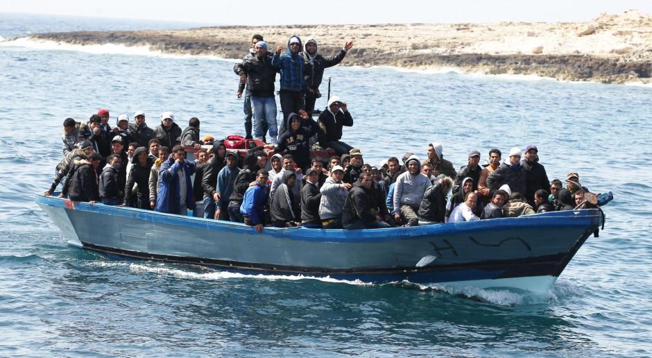 Do 54 wzrosła liczba ofiar zatonięcia łodzi z migrantami