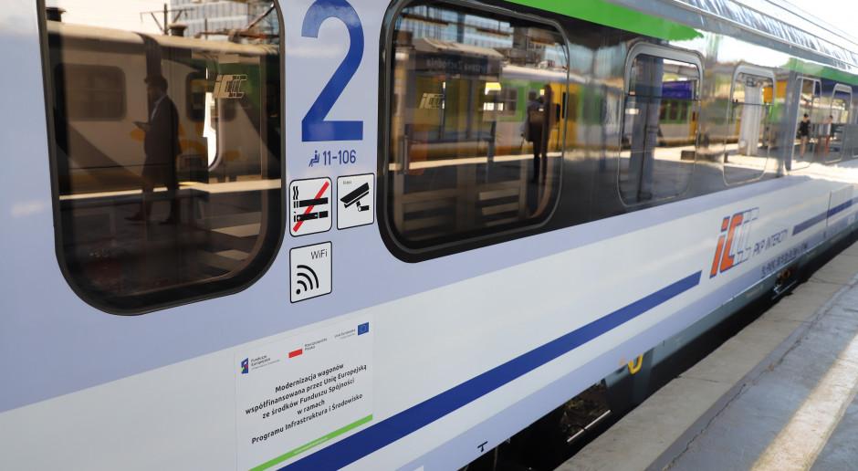 W pociągach PKP Intercity od soboty zajęta co najwyżej połowa miejsc