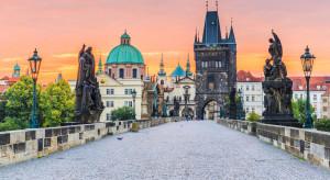 Z Pragi wyleciała część wydalonych rosyjskich dyplomatów