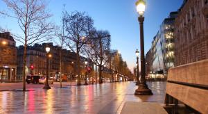 Francja: Politycy, nauczyciele i media wstrząśnięci bestialskim zabójstwem nauczyciela