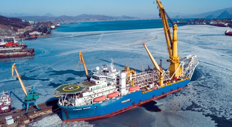 Miał ratować Nord Stream 2, płynie do Mozambiku