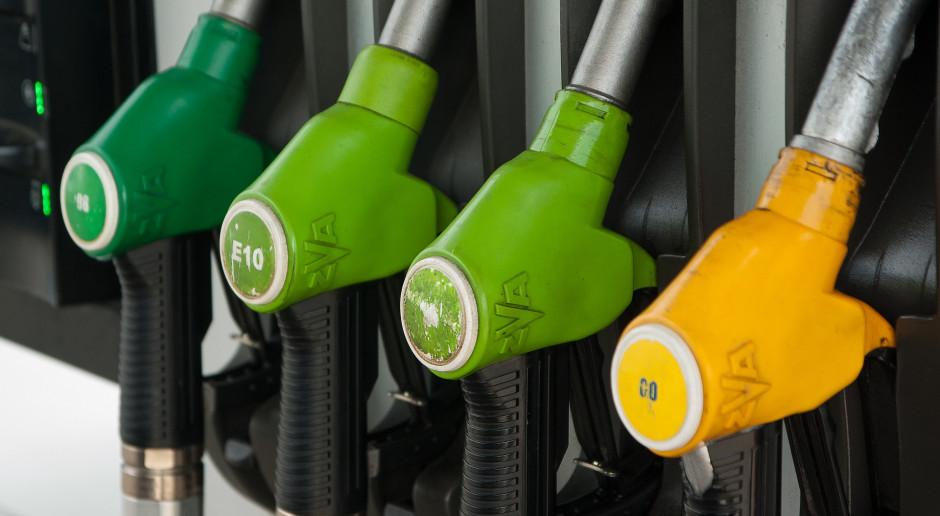 Złe wieści dla kierowców. Paliwa znowu będą droższe