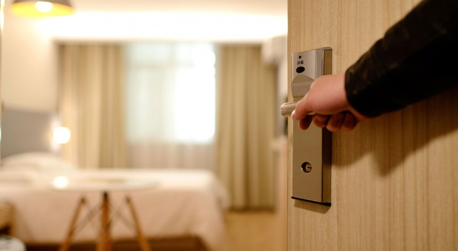 W całej Polsce w hotelach baseny, restauracje i siłownie dostępne tylko dla zameldowanych gości