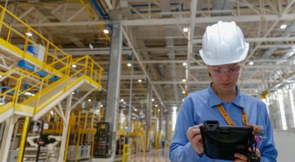 Renault wstrzymuje fabryki poza Europą