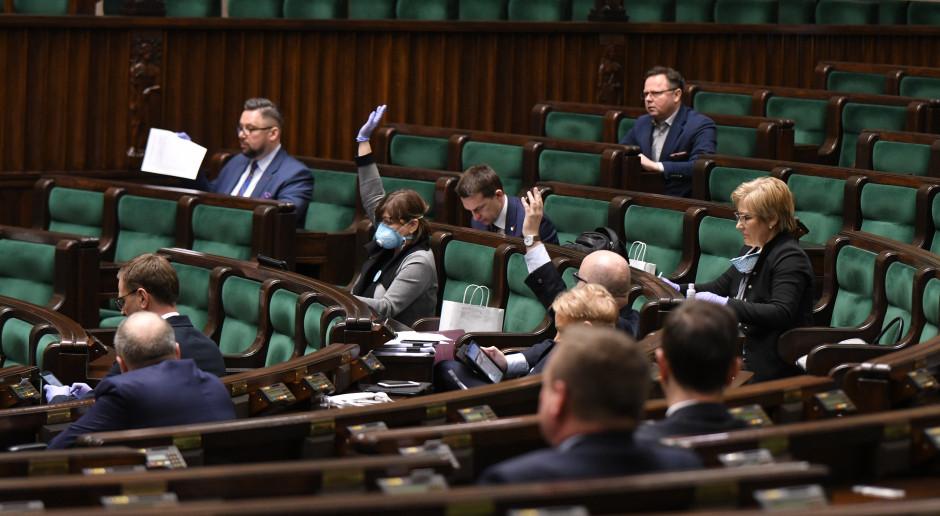 Polski Fundusz Rozwoju ma sprawniej wspierać przedsiębiorców. Druga ustawa z tarczy antykryzysowej uchwalona