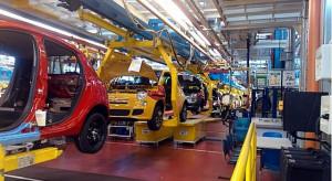 Wstrzymywanie rejestracji samochodów uderza w branżę motoryzacyjną