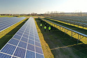 Electrum zbuduje farmy fotowoltaiczne dla R.Power