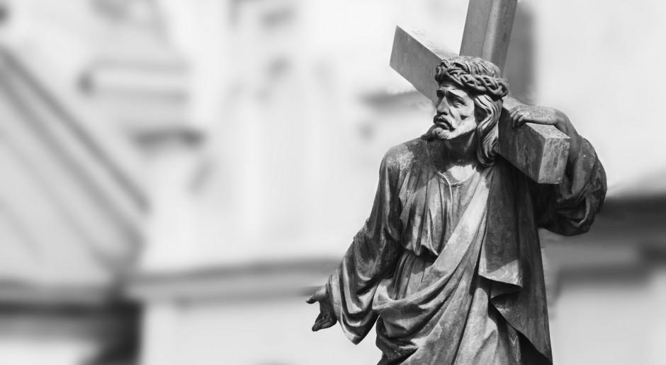 Wielki Piątek w Kościele katolickim upamiętnieniem męki Pańskiej