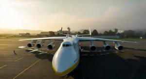 Samolot An-225 z transportem sprzętu medycznego wyruszył z Chin do Polski