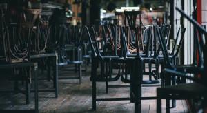 Rząd: bary i restauracje do odwołania będą mogły wydawać posiłki tylko na wynos