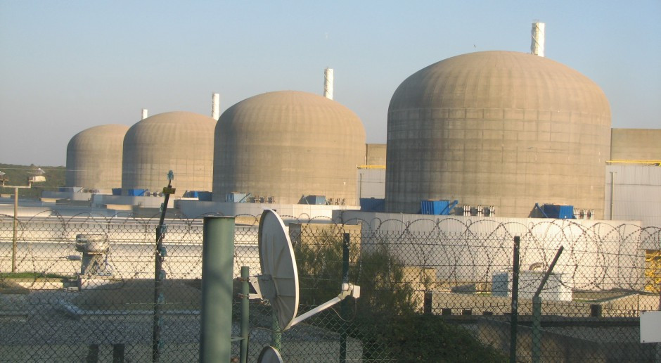 EDF nie wyklucza zawieszenia pracy kilku reaktorów jądrowych