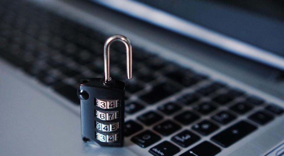 Liczba ataków hakerskich na korporacje rośnie w związku z pracą zdalną