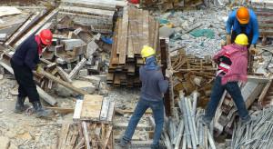 Pracownicy tymczasowi bez osłony tarczy antykryzysowej. Tysiące osób mogą stracić pracę