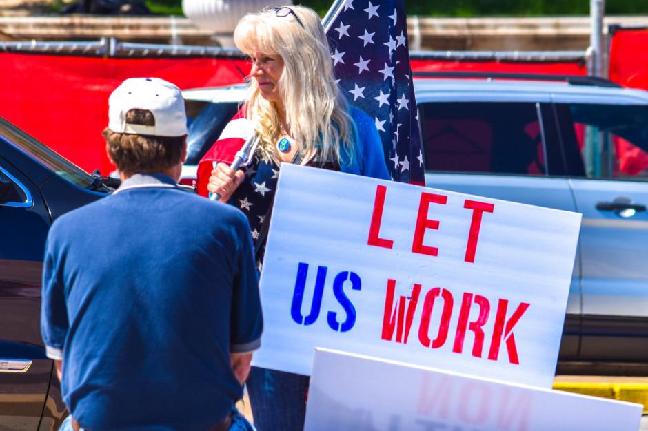 Bez pracy zostało w USA 30 mln osób. Fot. Deborah Lucia/Shutterstock.com.