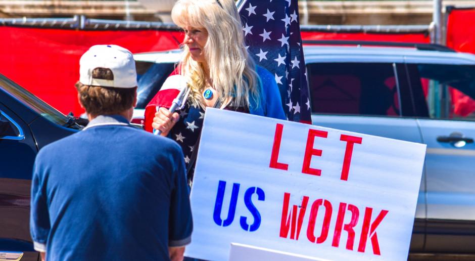 Stanom Zjednoczonym przybyło kolejne 4,4 mln bezrobotnych