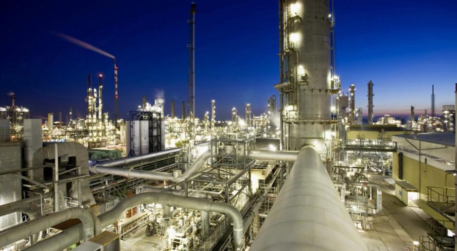 """BASF podał wyniki za """"nienormalny"""" kwartał. Prognozy wzięły w łeb"""