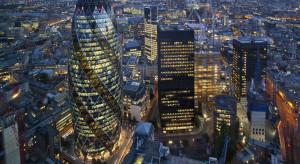 Brytyjska gospodarka kurczy się w rekordowym tempie