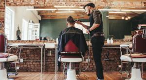 Długi zakładów fryzjerskich i kosmetycznych wzrosły w czasie pandemii
