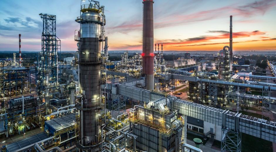 Rafineria Lotosu nie zwalnia tempa